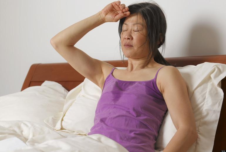 Приливы жара у женщин причины по ночам 25
