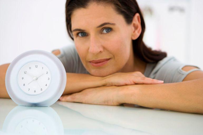 Приливы жара у женщин причины по ночам 29